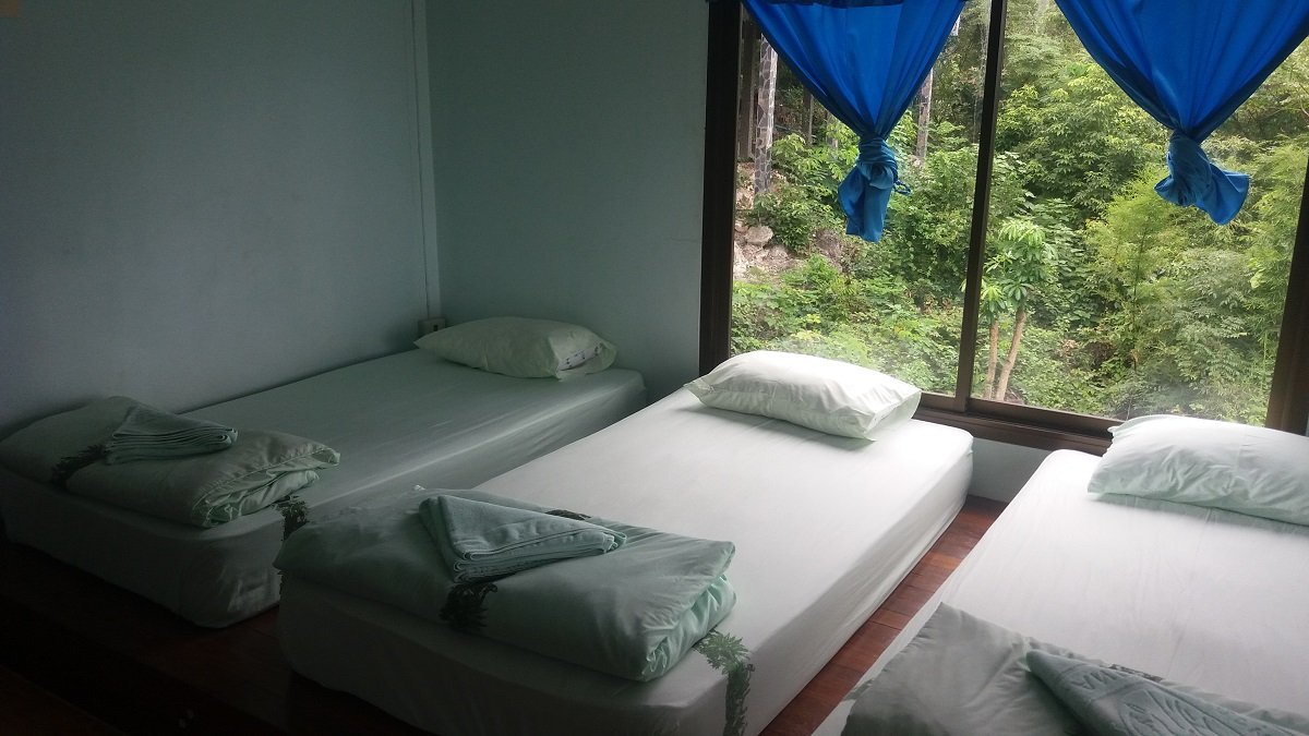 Accommodation at Huay Mae Khamin Kancghanaburi